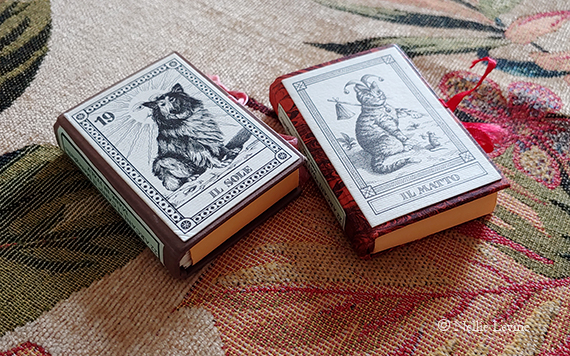 covers from I Cani and I Gatti majors only tarot decks